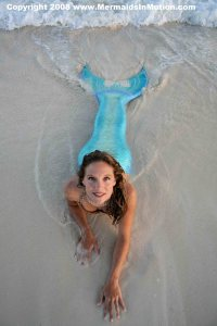 Professional Mermaid Linden Wolbert