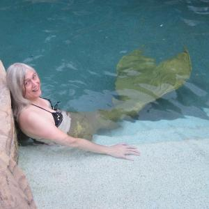 Cynthia Rivers, Mermaid and Mermaid Blogger